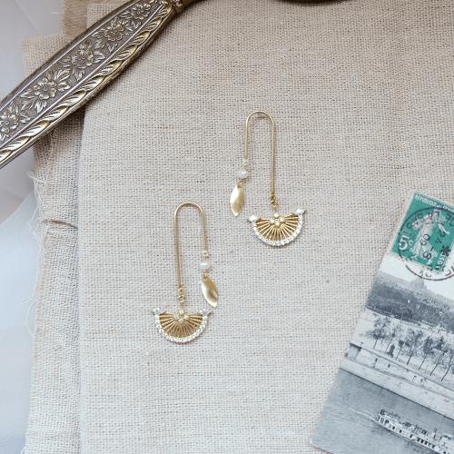 黃銅鋯石扇不對稱耳環
