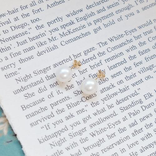 稀少正圓珍珠耳環