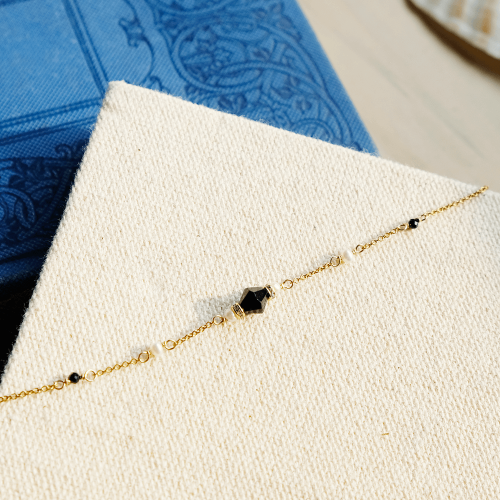 經典寶石手鍊 – 黑尖晶