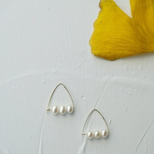 三角珍珠耳環