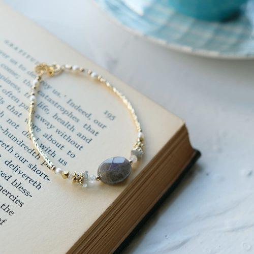 經典大寶石  – 黃銅拉長石手鍊